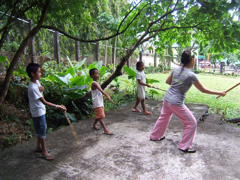 May teaching Children - Philippines 2007